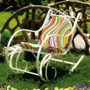صندلی راک یا همان راکینگ چیر - مبلمان باغی و ویلایی